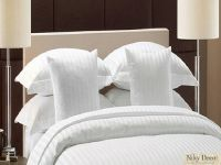 lenjerii_de_pat_damasc_dungi_groase_pentru_hotel